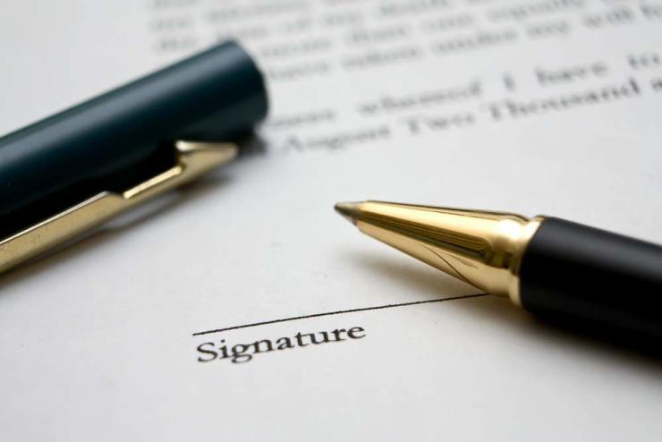 contratos para emprendedores y cláusulas más importantes